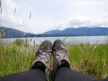 Te Anau lakefront hiking selfie